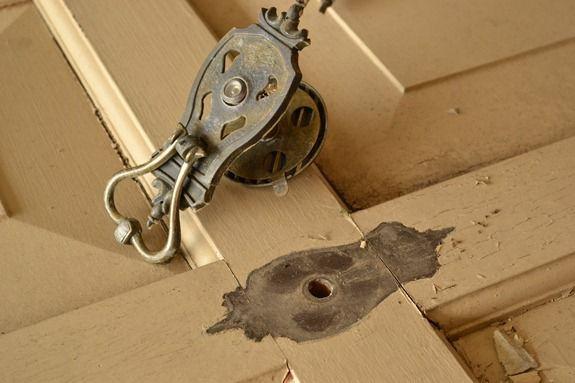removing door knocker