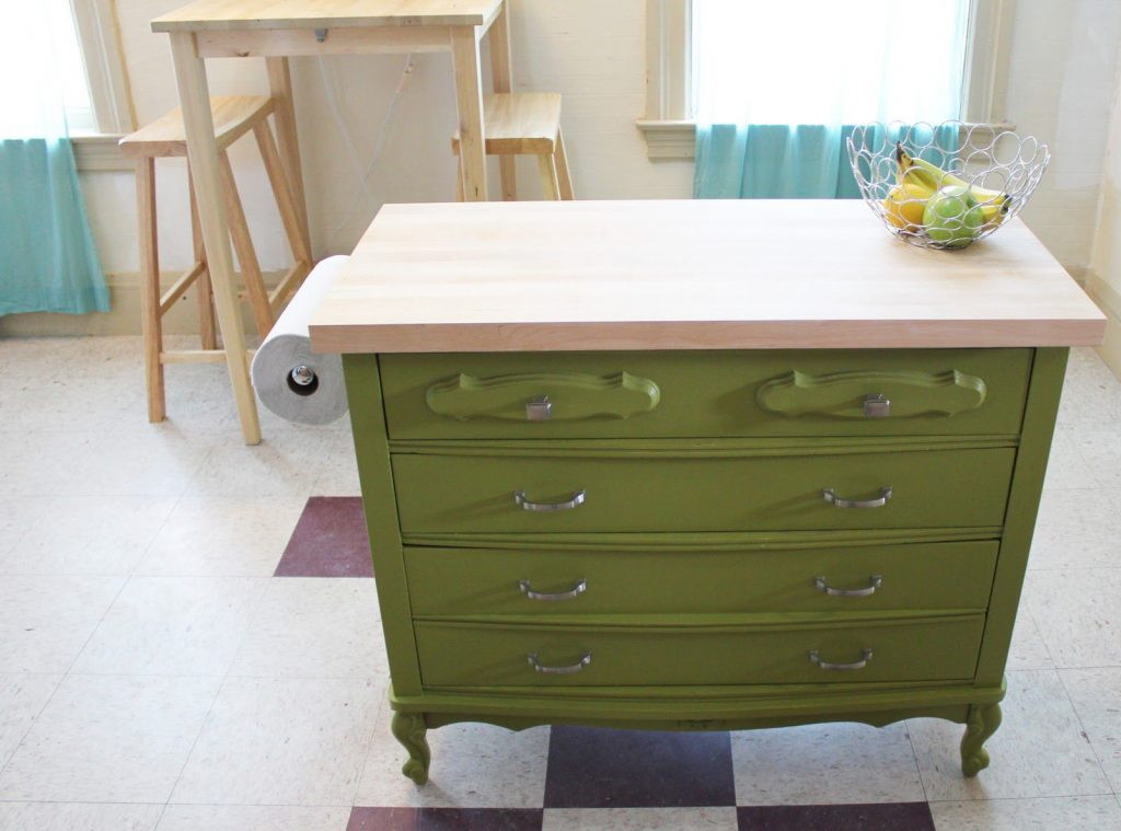 Fresh This jade green dresser was a looker to begin with but reinvented as a kitchen island it us positively jaw dropping At Solo Thais you can see how this