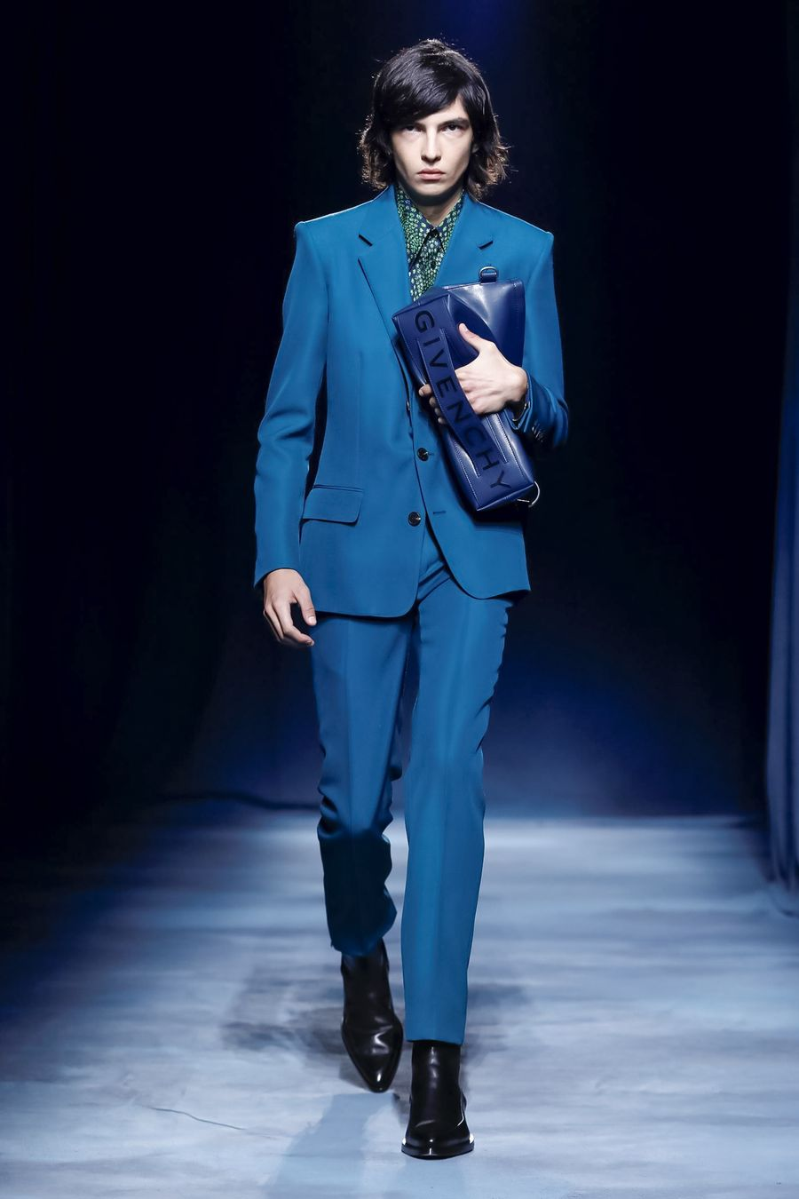 Givenchy SS19 menswear Clare Waight Keller blue suit leather bag
