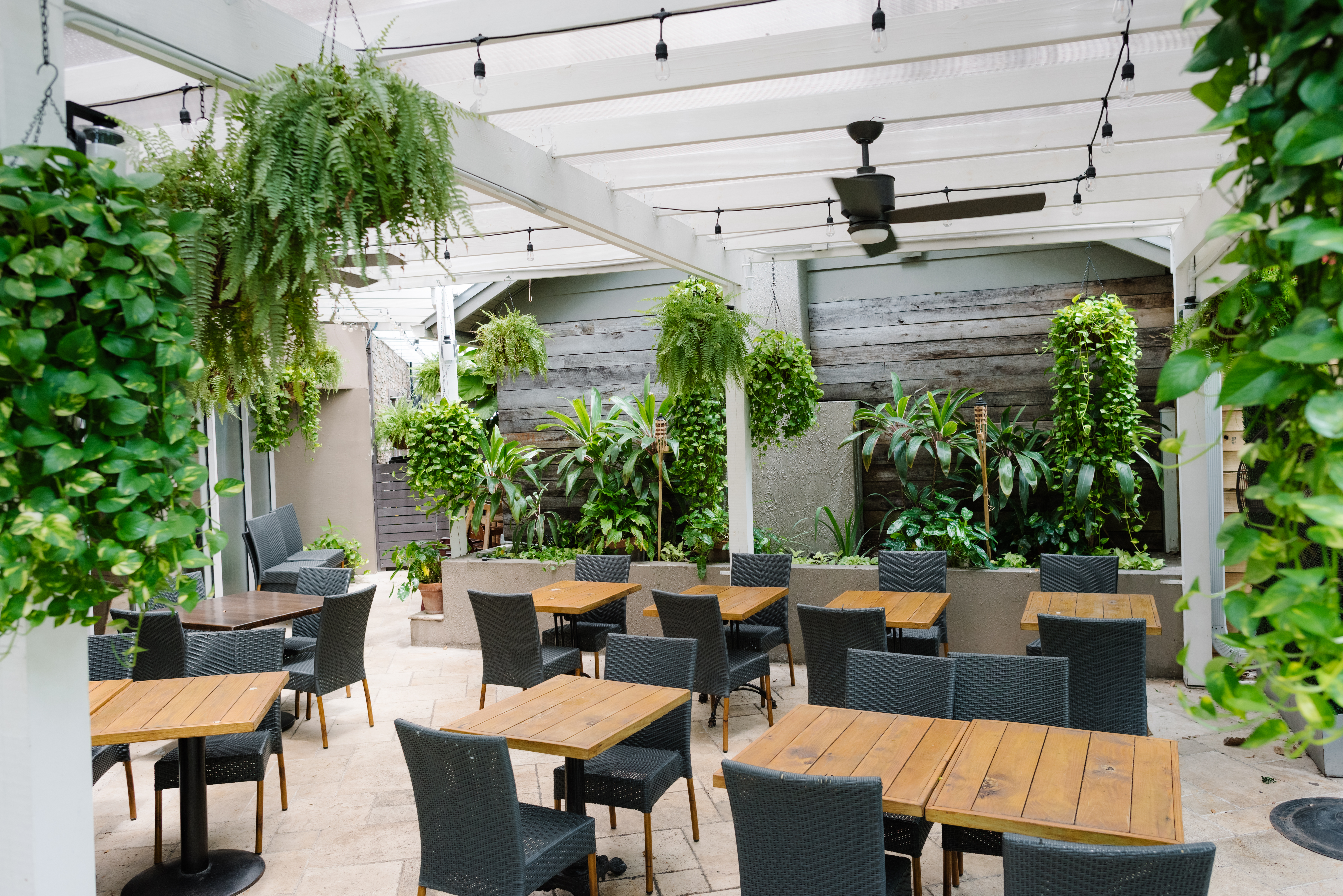 https www theinfatuation com miami guides miami restaurants outdoor seating