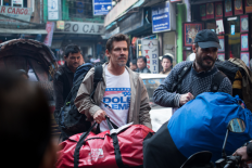 Everest---Josh-Brolin---Michael-Kelly-(via-everest-film.de)