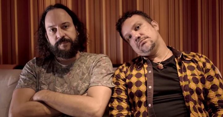 Veja Gustavo Macacko e Gabriel, o Pensador tocando juntos em Domingos Martins