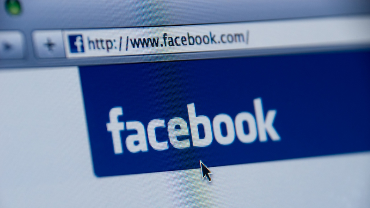 Facebook 'Very Sorry' They Suggested Sexually Explicit Videos of Children