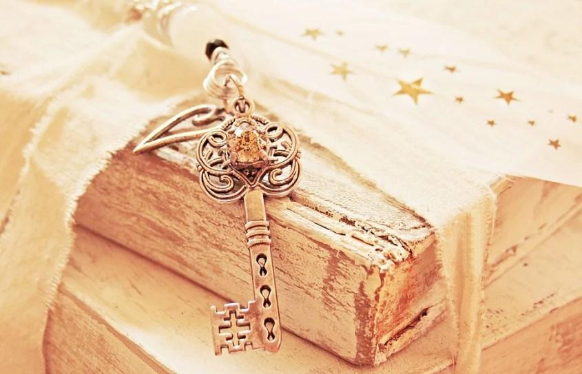 Love Romance Star Key Spring Pearl Heart Symbol