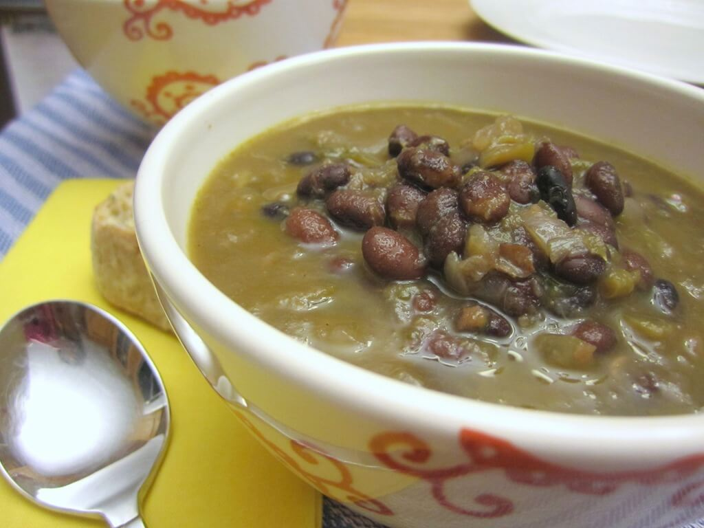 Simple Black Bean Soup vegan rum recipe onions jalapeno cuban blackbeans
