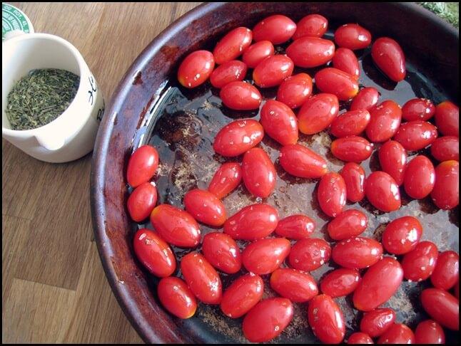 Slow Roasted Cherry Tomatoes vegetarian vegetables vegan roasting tomatoes make-ahead kids cherry tomatoes blogging