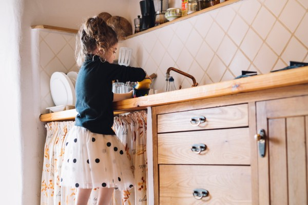 style-theory-stay-home-kids-activities-6