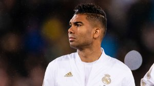 Real Madrid secure Casemiro extension until 2023