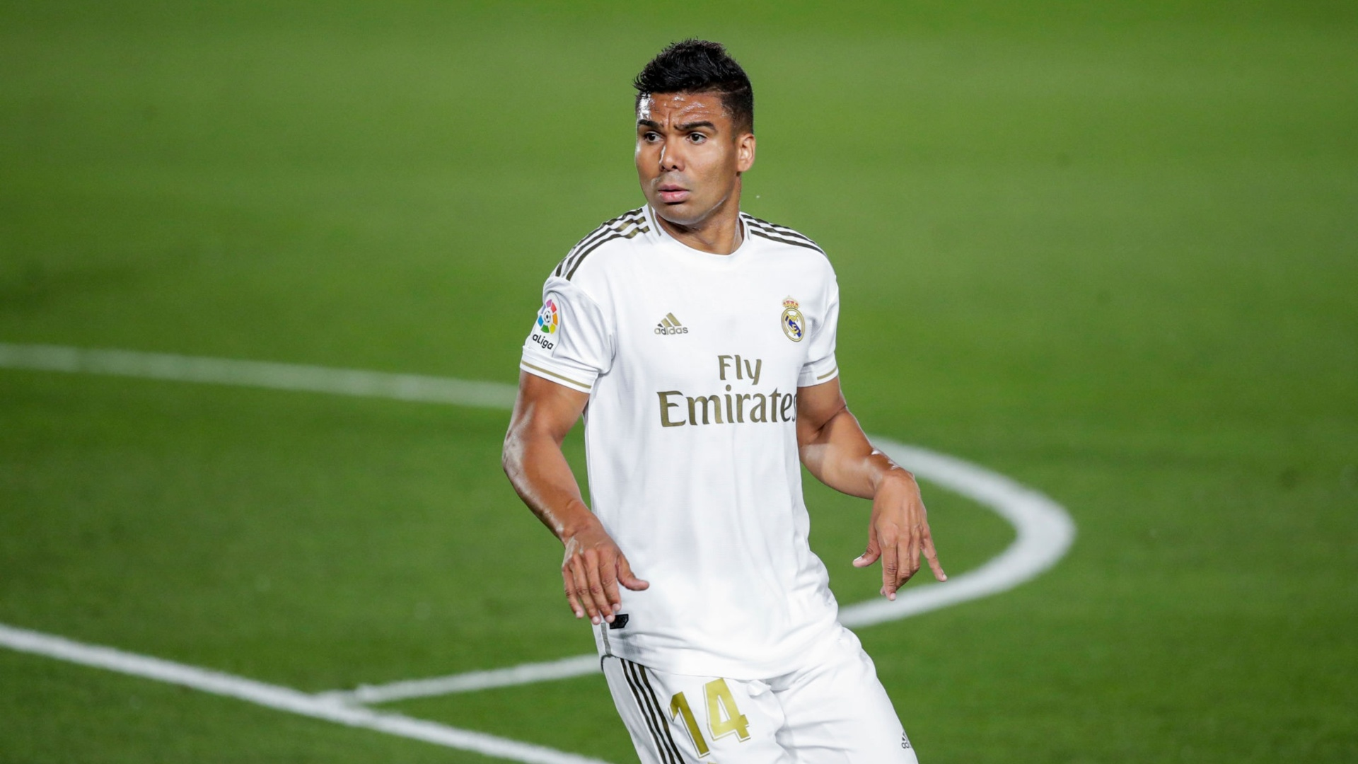 Casemiro still without a replacement, as Real set sights on Camavinga