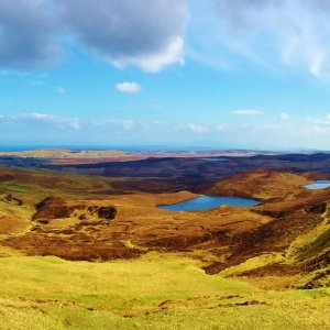 Private tours to view big skies, mountains and sea on the legendary Isle of Skye, Scotland