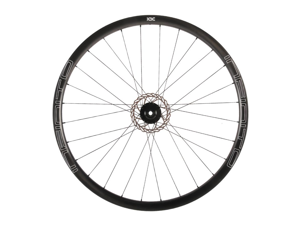 https://infinito-cycling.com/wp-content/uploads/2019/02/X3C-Zwarte-velg-Zwarte-naaf-Front-1-1.jpg