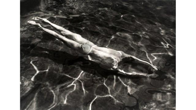 Andre Kertesz, Underwater Swimmer, Esztergom, Hungria, 30 de June de 1917