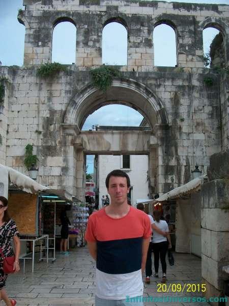 puerta de plata palacio diocleciano de Split que ver en split en un dia
