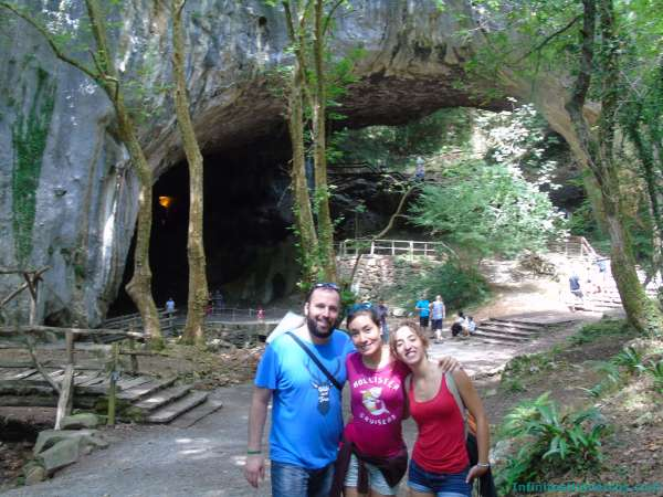 Cuevas de Zugarramurdi – Cascada Xorroxin