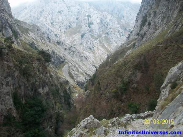 Bulnes Bulnes funicular Bulnes tiempo Bulnes Asturias Bulnes ruta