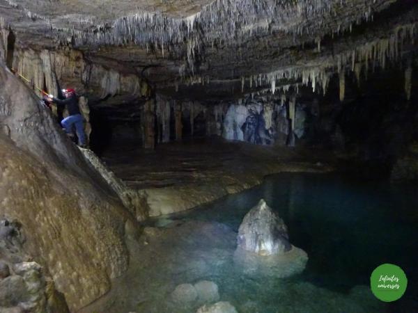 Excursión a las cuevas de los Cristinos y Noriturri (Urbasa)