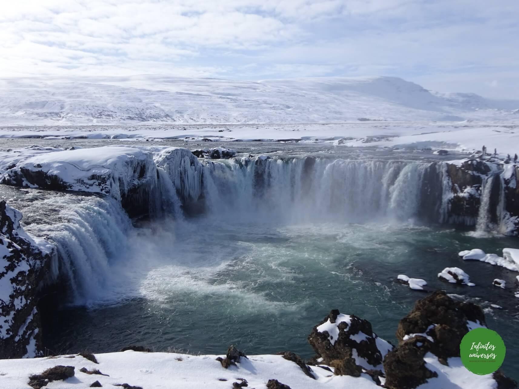 godafoss Ruta por las Cascadas del norte de Islandia: Godafoss, Dettifoss, Selfoss y Hafragilsfoss