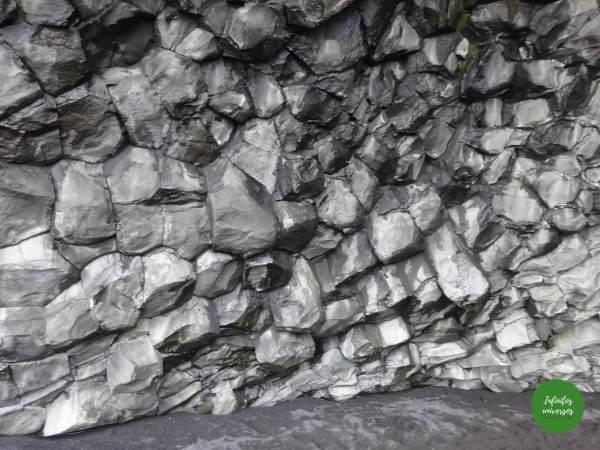 Vik islandia dyrholaey Qué ver en Vik: acantilado Dyrhólaey y la playa de arena negra Reynisfjara