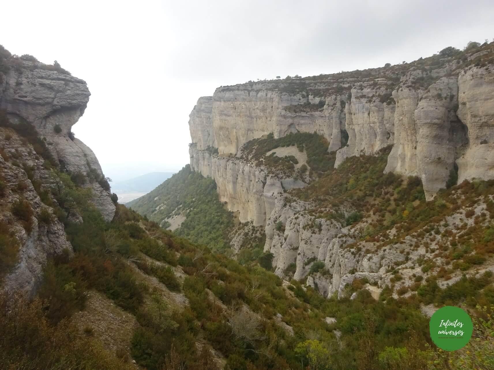 Excursión a la Sierra de Lóquiz: agujero de Ollobarren y Ganuza