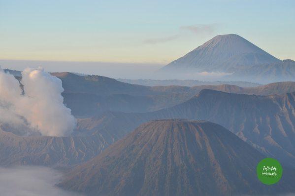 Amanecer en el monte Bromo, Isla de Java