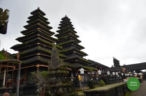 Templo Madre de Besakih Pura Gunung Kawi Tirta Empul el templo madre de Besakih, la cascada Tukad Cepung el templo Pura Kehen Penglipuran y su bosque de bambú bali indonesia