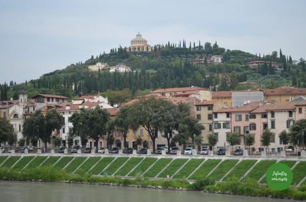 Castillo de San Pietro al fondo - Que ver en Verona