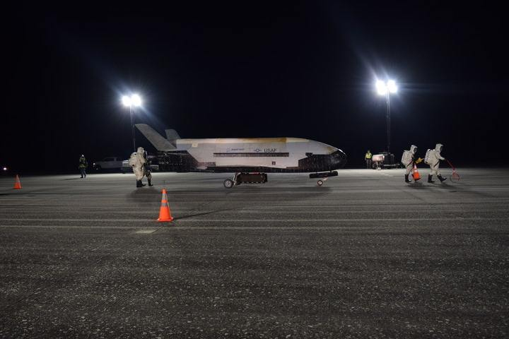 The Pentagon's secret spacecraft X-37B returns to Earth after 780 days in orbit