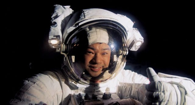 Astronaut Leroy Chiao breaks the silence and describes his encounter with UFOs