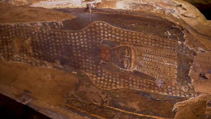 Archaeologists Found 2500 years old 13 wooden coffins in Egypt