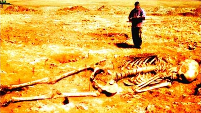 Entdeckung riesiger Skelette: Beweise dafür, dass Riesen auf der Erde existierten
