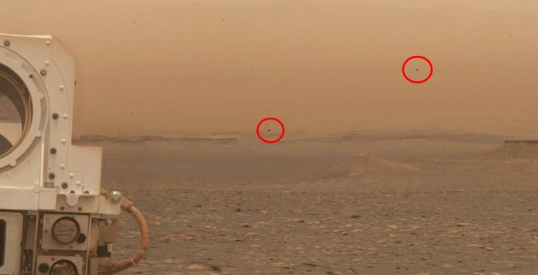 UFOs On Mars
