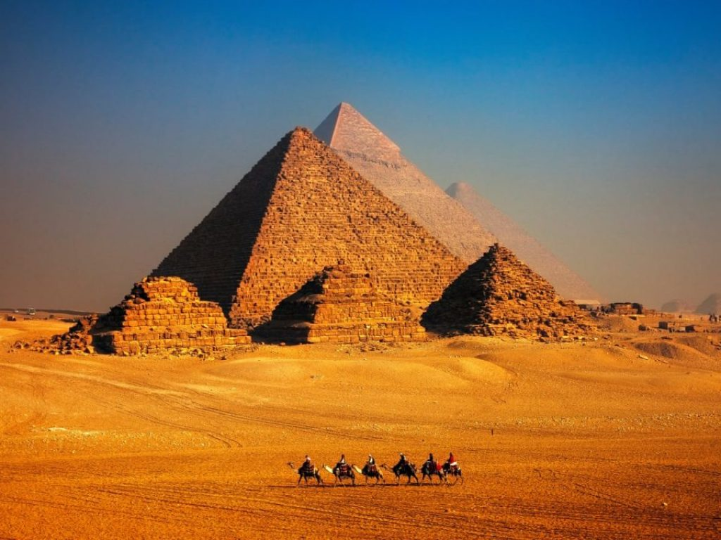An Ancient Text From 440 BC Reveals Advanced Machines Built The Pyramids Of Egypt