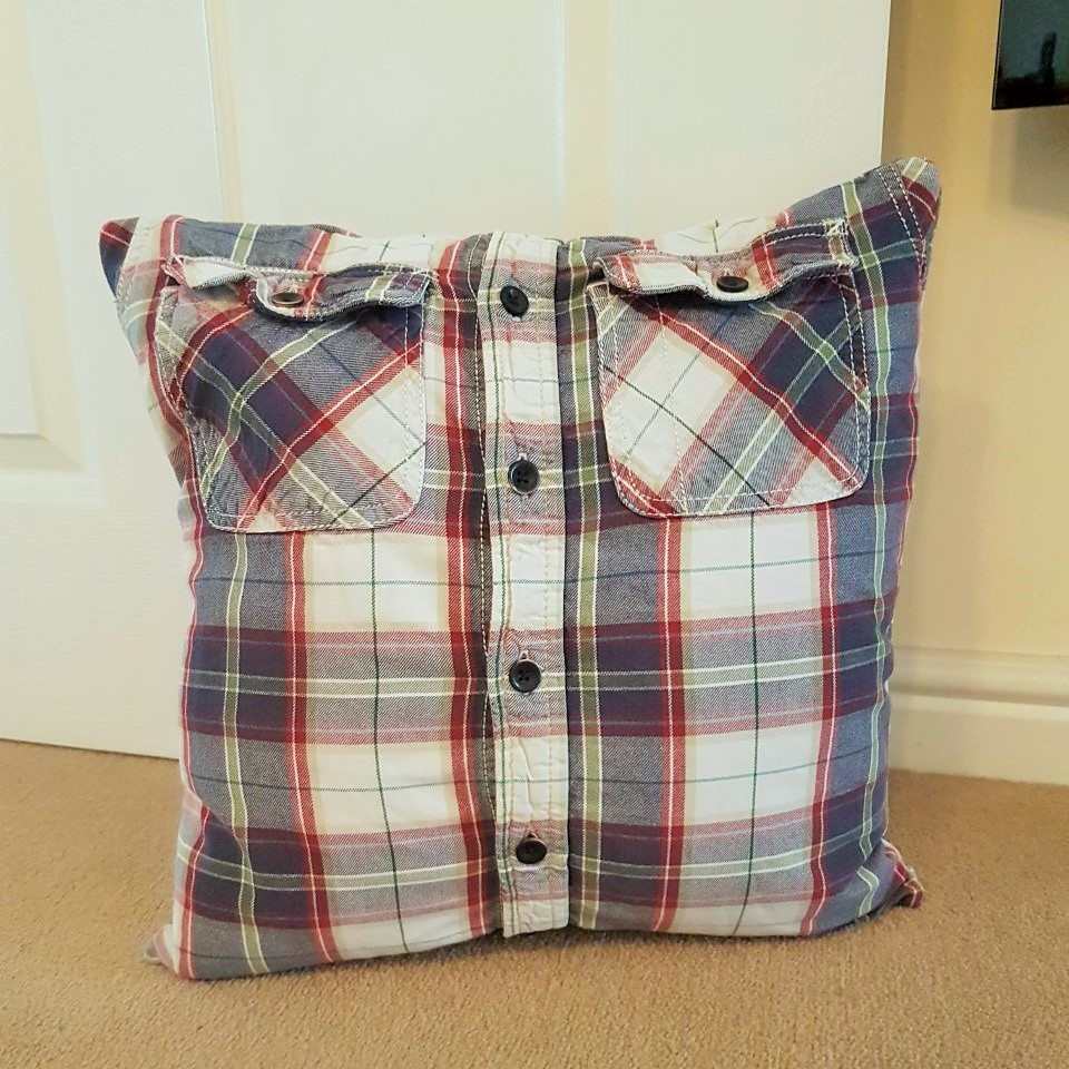 keepsake shirt cushion
