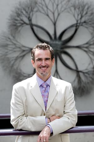 Photo of Craig Elliott - trainer, consultant, and speaker on diversity, leadership, and social justice