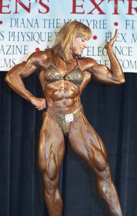 Betty Pariso at the 2001 Extravaganza Strength Contest