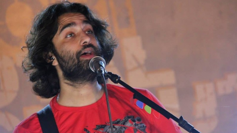 Singer Ali Noor critically ill and hospitalised with acute liver failure