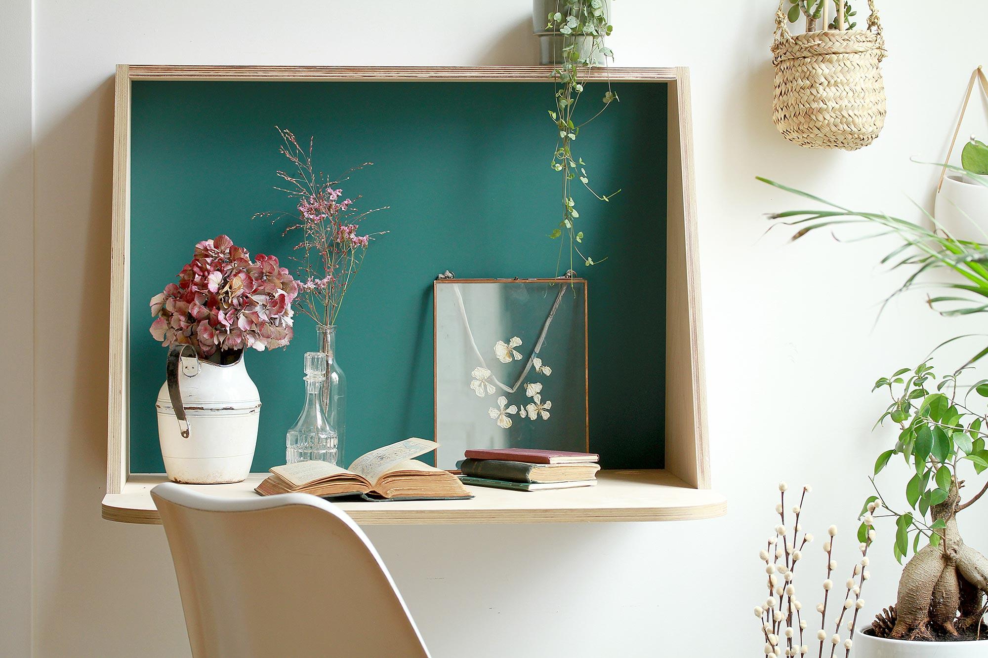 concept-store-influences-lyon-bureau-console-appoint-entree-minimaliste-suspendu-made-in-france-bouleau