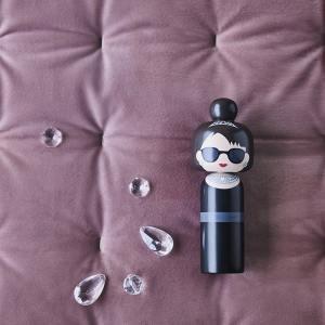 Figurine bois Audrey Hepburn , Lucie Kaas