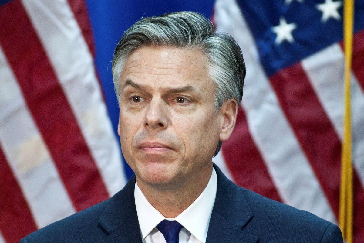 Хантсману напомнили о Косово после слов об «украинском Крыме»