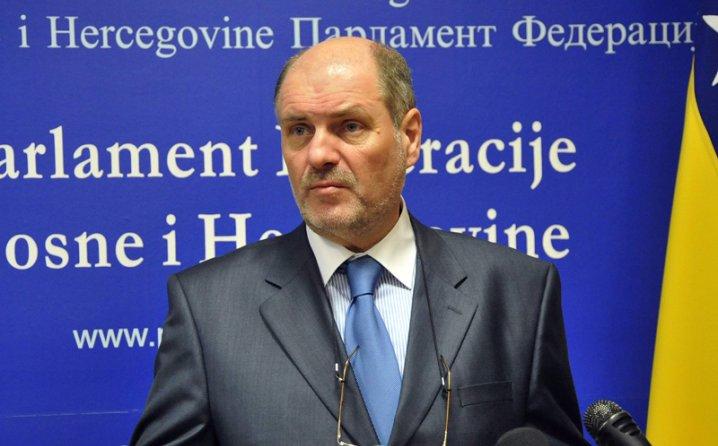 Посол Боснии в России Мустафа Муезинович оказался экстремистом