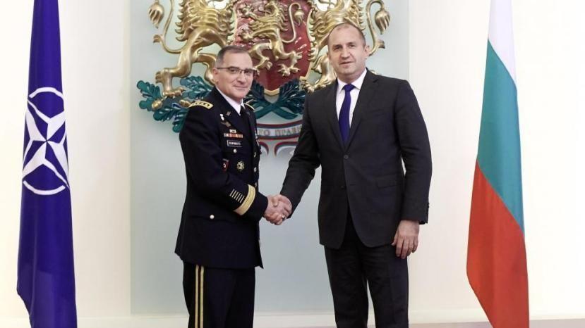 Румен Радев: Армию Болгарии нужно модернизировать согласно стандартам НАТО