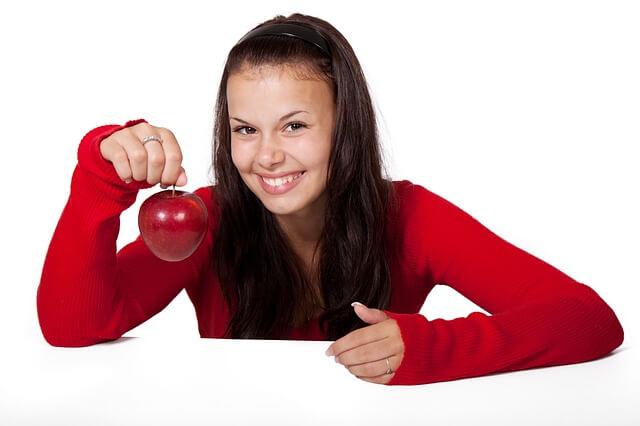 apple-16672_640