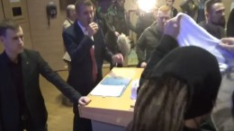 André Poggenburg (AfD)  im Hörsaal. | Bild: Screenshot eines Youtube-Videos: https://www.youtube.com/watch?v=dSDIngUsYvE