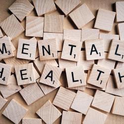 Jak wygląda pomoc psychologa przez Internet?