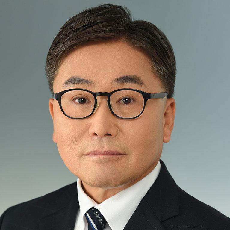<b/><u>Akira Chiba</u>