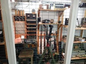 Ausrüstung im Bunkermuseum Zoutelande aus dem Jahr 1944