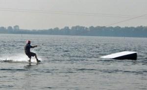 Wakeboarder auf Veerse Meer