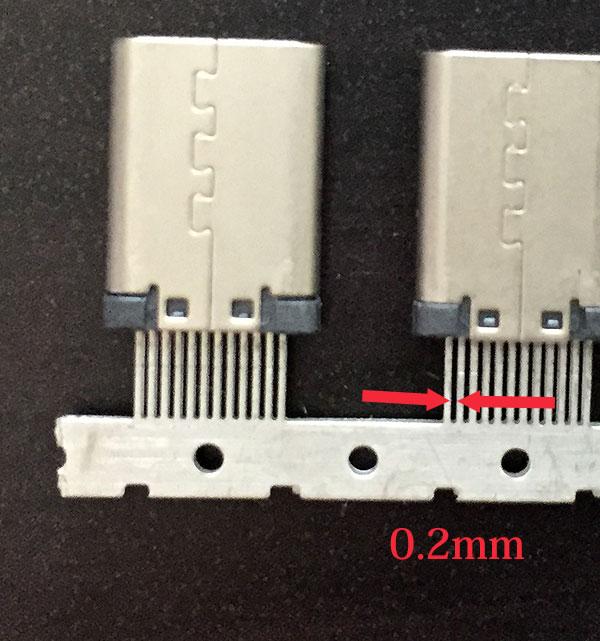 Type-Cの端子ピッチは0.2mm