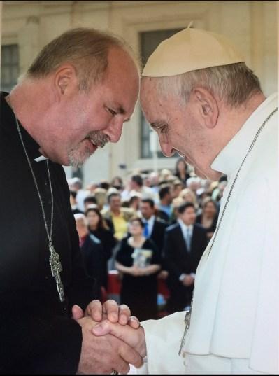 Gavin Ashenden s papežem Františkem.