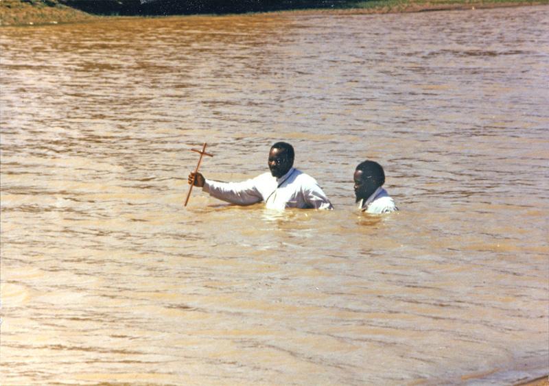Tanzanie: Přikřtu utonuli dva lidé